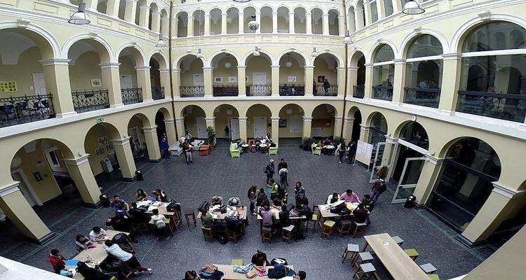 Studienkolleg - Trường dự bị đại học ở Đức là gì?