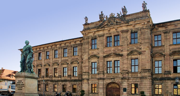 Trường đại học Friedrich Alexander Universität Erlangen-Nürnberg (FAU)