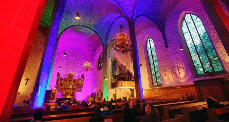 Altstädter Nicolaikirche - Khám phá thành phố Bielefeld của Đức