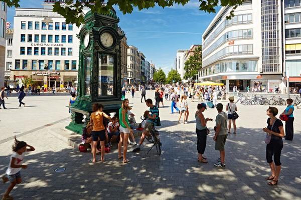 Khám phá thành phố Hanover ở Đức từ A-Z phố Kröpcke